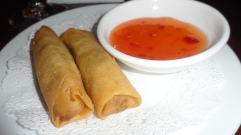 Crispy spring rolls with a spicy sauce=yum