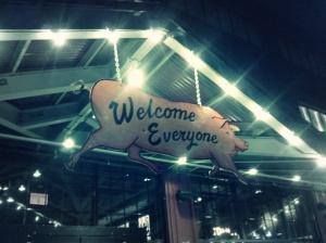 Dinosaur Bar-b-que Stamford Pig Welcome