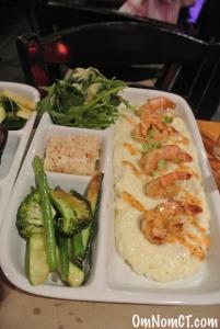Shrimp + Grits Georgetown Saloon OmNomCT