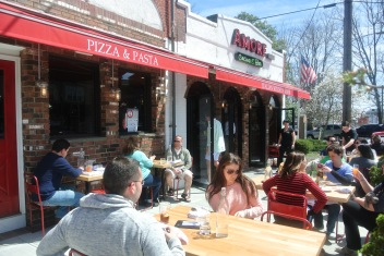 Outside patio at Amore Cucina & Bar in Stamford