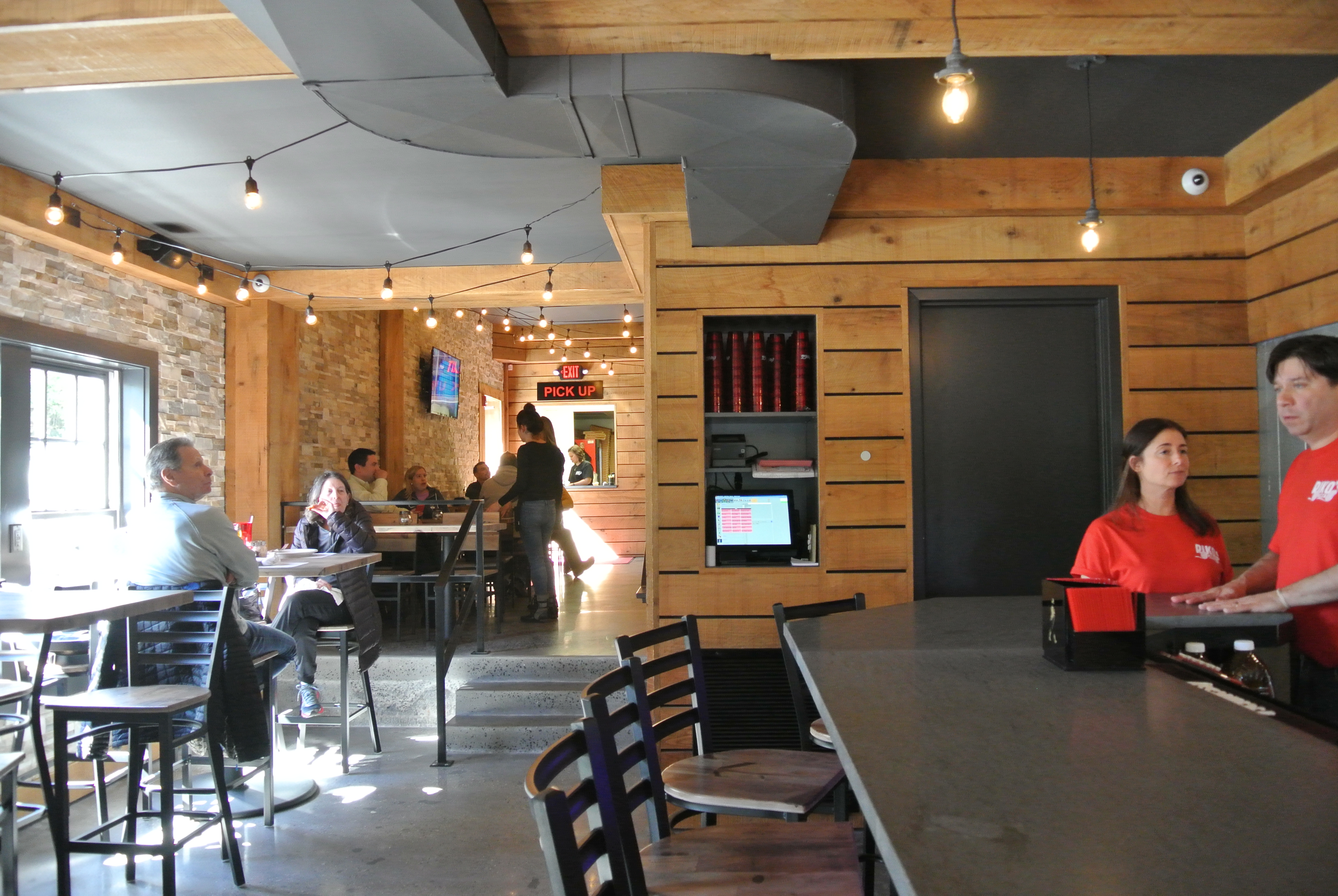 riko u0027s pizza opens new hope street spot with a bar omnomct
